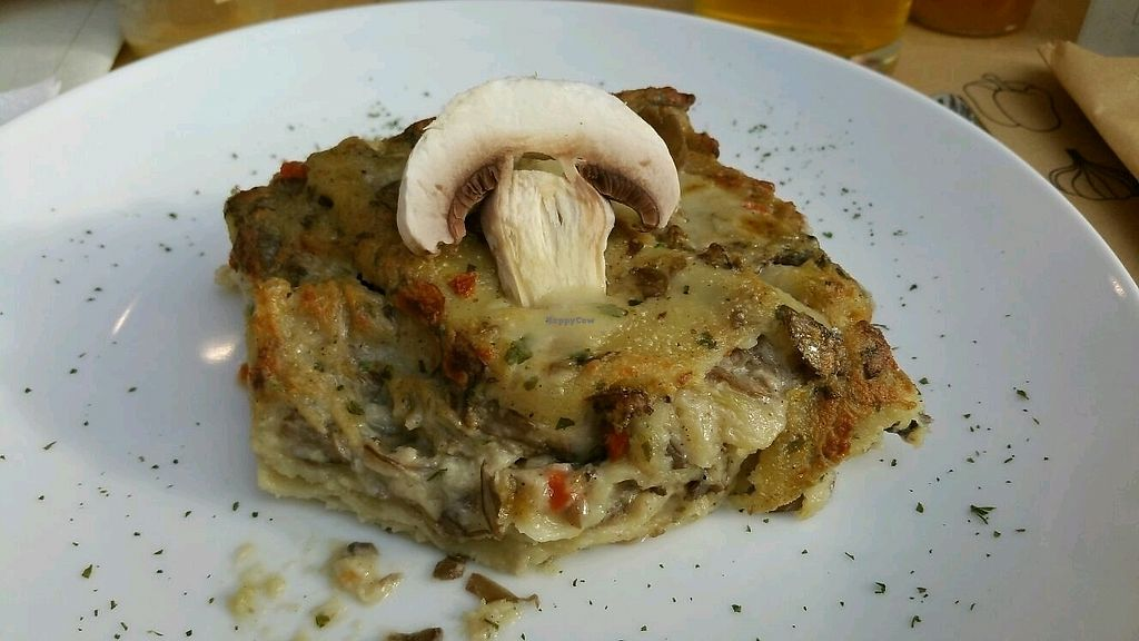 """Photo of Universo Vegano  by <a href=""""/members/profile/mostlyvegan75"""">mostlyvegan75</a> <br/>Mushroom lasagna <br/> January 4, 2018  - <a href='/contact/abuse/image/41569/342925'>Report</a>"""
