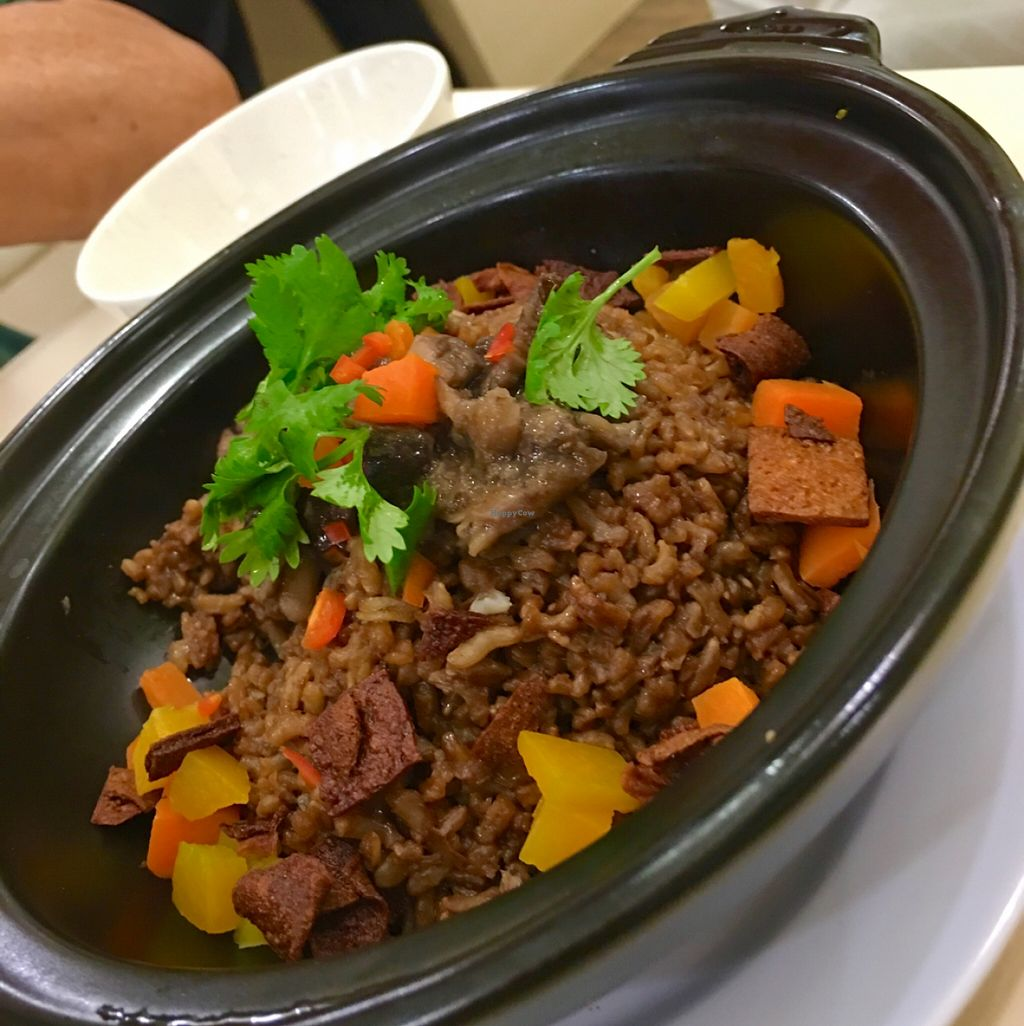 """Photo of Idealite - Jalan Gottlieb  by <a href=""""/members/profile/dmzhu66"""">dmzhu66</a> <br/>Claypot Spicy Rice- nice twist <br/> November 30, 2015  - <a href='/contact/abuse/image/41604/126751'>Report</a>"""