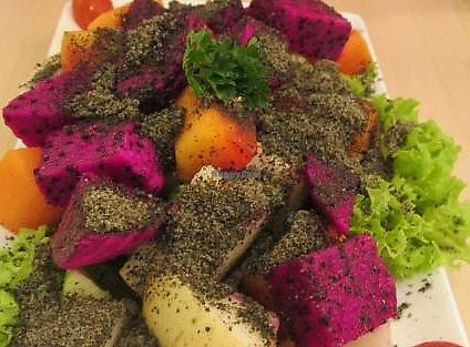 """Photo of Idealite - Jalan Gottlieb  by <a href=""""/members/profile/Fruity%20Suzanne"""">Fruity Suzanne</a> <br/>Sesame fruity salad  <br/> October 15, 2013  - <a href='/contact/abuse/image/41604/269910'>Report</a>"""