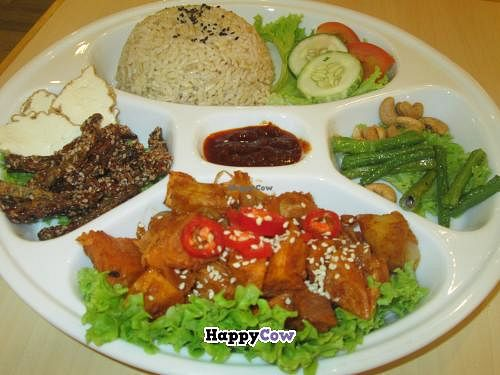 """Photo of Idealite - Jalan Gottlieb  by <a href=""""/members/profile/Fruity%20Suzanne"""">Fruity Suzanne</a> <br/>Nasi Lemak at idealite <br/> October 15, 2013  - <a href='/contact/abuse/image/41604/56747'>Report</a>"""