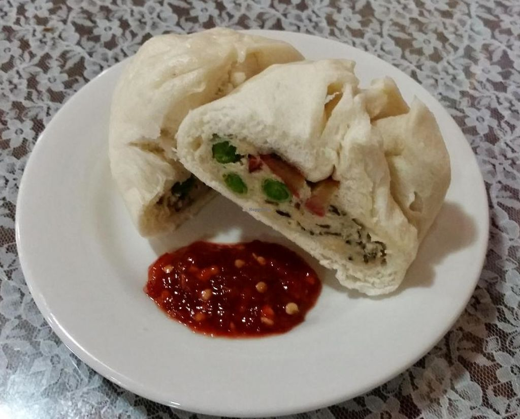 "Photo of An Hy Quan  by <a href=""/members/profile/Jon-o"">Jon-o</a> <br/>Steamed Buns with Filling (A6) - Bi Cuon <br/> November 19, 2014  - <a href='/contact/abuse/image/41711/209194'>Report</a>"