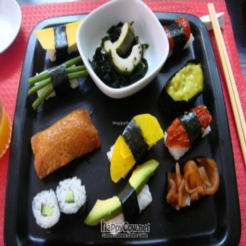"""Photo of Sushi Train  by <a href=""""/members/profile/gr8vegan"""">gr8vegan</a> <br/>Veggie plate w/o egg <br/> September 20, 2009  - <a href='/contact/abuse/image/4173/2647'>Report</a>"""