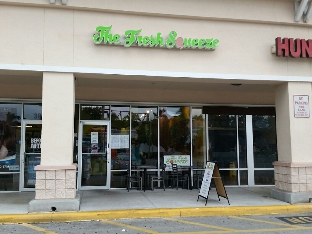 """Photo of The Fresh Squeeze  by <a href=""""/members/profile/eric"""">eric</a> <br/>outside <br/> December 4, 2016  - <a href='/contact/abuse/image/41921/197239'>Report</a>"""