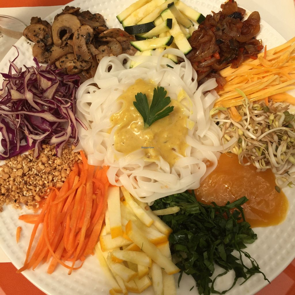 """Photo of Caballete and Berenjena  by <a href=""""/members/profile/chiumonster"""">chiumonster</a> <br/>Pad Thai <br/> May 16, 2016  - <a href='/contact/abuse/image/42226/149376'>Report</a>"""