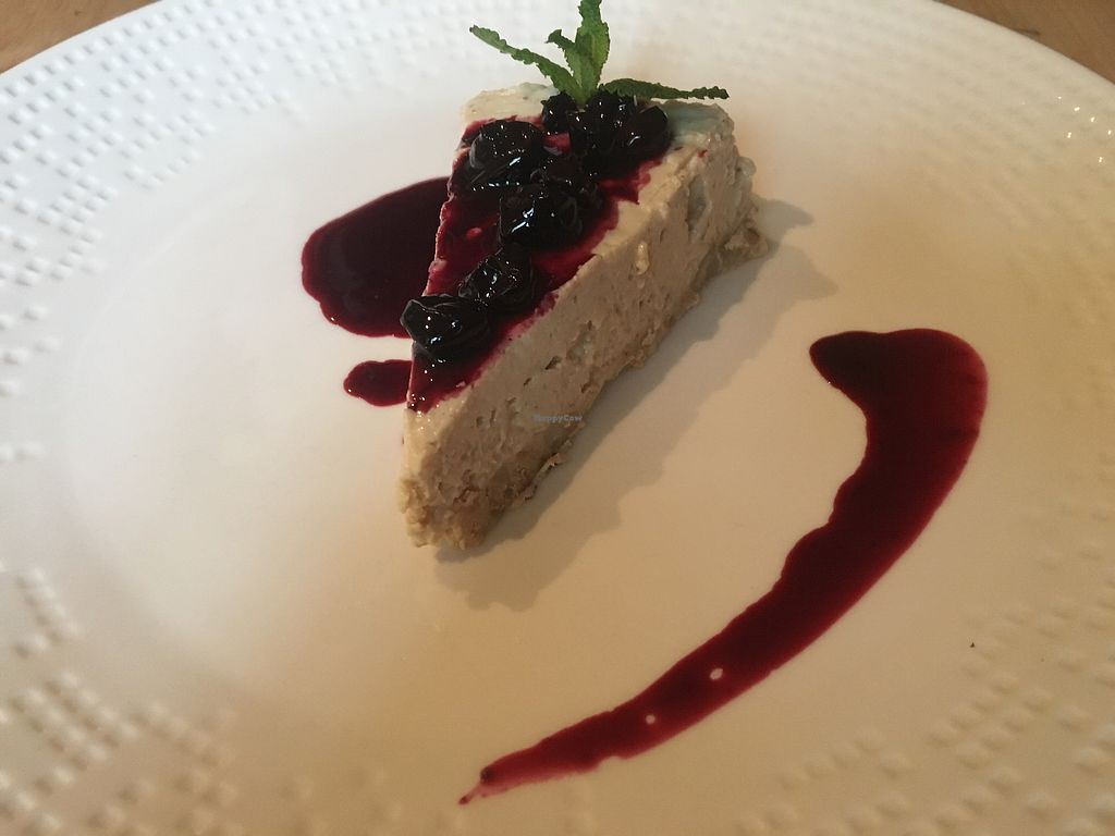"""Photo of Caballete and Berenjena  by <a href=""""/members/profile/AxelArwak"""">AxelArwak</a> <br/>Vegan cheesecake  <br/> April 6, 2018  - <a href='/contact/abuse/image/42226/381725'>Report</a>"""