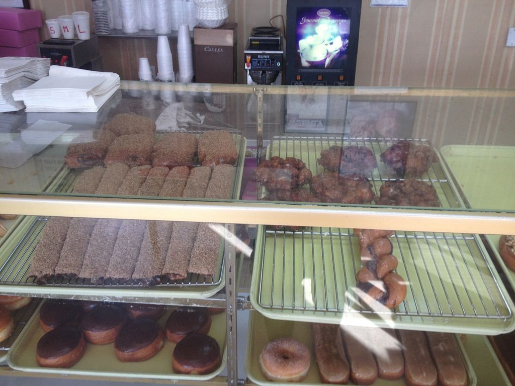 "Photo of Ronald's Donuts  by <a href=""/members/profile/vegan_ryan"">vegan_ryan</a> <br/>Bakery case <br/> December 13, 2015  - <a href='/contact/abuse/image/4228/128254'>Report</a>"