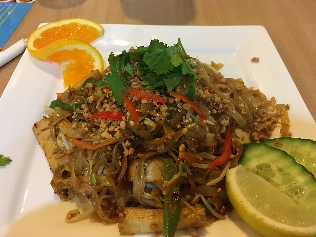 """Photo of Sunflower Thai Vegetarian Restaurant  by <a href=""""/members/profile/Isye09"""">Isye09</a> <br/>Pad  <br/> June 28, 2017  - <a href='/contact/abuse/image/4236/274269'>Report</a>"""