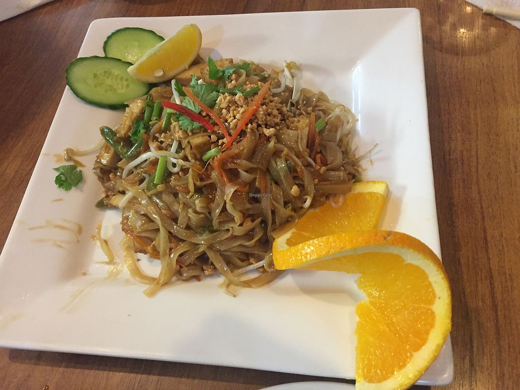 """Photo of Sunflower Thai Vegetarian Restaurant  by <a href=""""/members/profile/Jameskille"""">Jameskille</a> <br/>  <br/> July 25, 2017  - <a href='/contact/abuse/image/4236/284601'>Report</a>"""