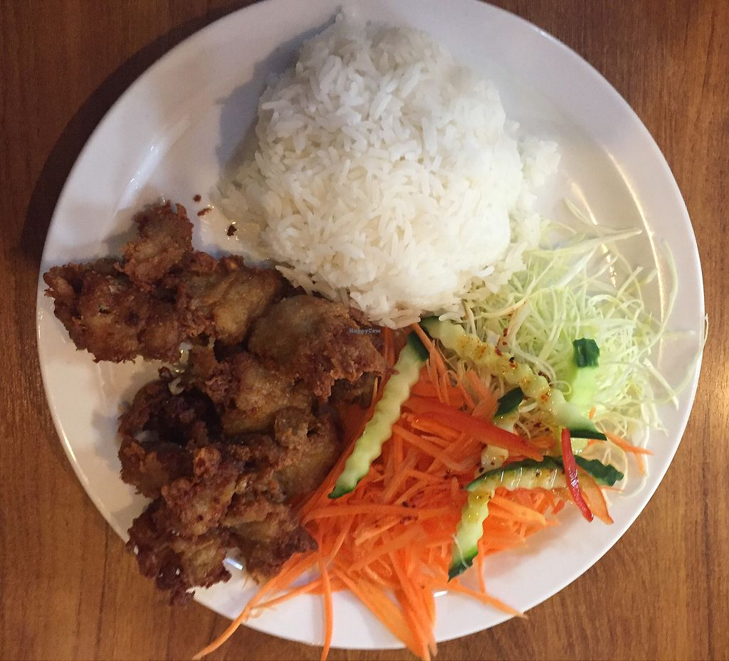 """Photo of Sunflower Thai Vegetarian Restaurant  by <a href=""""/members/profile/Jameskille"""">Jameskille</a> <br/>chicken <br/> July 25, 2017  - <a href='/contact/abuse/image/4236/284602'>Report</a>"""