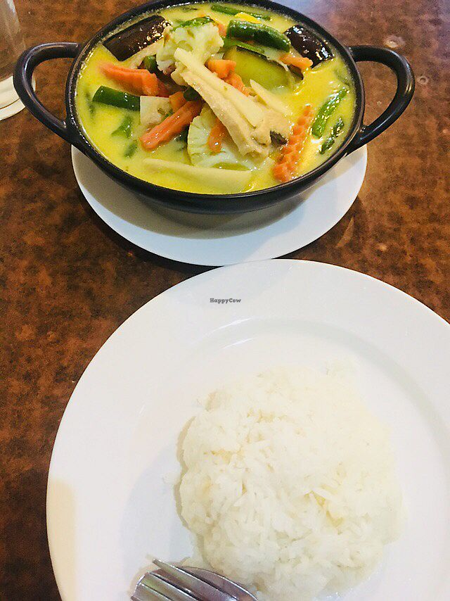 """Photo of Sunflower Thai Vegetarian Restaurant  by <a href=""""/members/profile/Miki_0617"""">Miki_0617</a> <br/>Green curry with rice  <br/> February 25, 2018  - <a href='/contact/abuse/image/4236/363812'>Report</a>"""