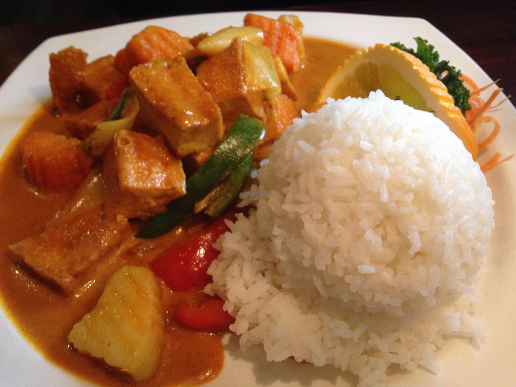 "Photo of Rain Thai and Sushi Bar  by <a href=""/members/profile/calamaestra"">calamaestra</a> <br/>Yellow curry <br/> December 29, 2014  - <a href='/contact/abuse/image/42403/88931'>Report</a>"