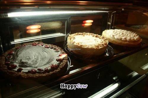 "Photo of CLOSED: Herbivoro  by <a href=""/members/profile/Jeroruiz"">Jeroruiz</a> <br/>Bakering at Herbivoro.  <br/> October 23, 2013  - <a href='/contact/abuse/image/42445/57189'>Report</a>"