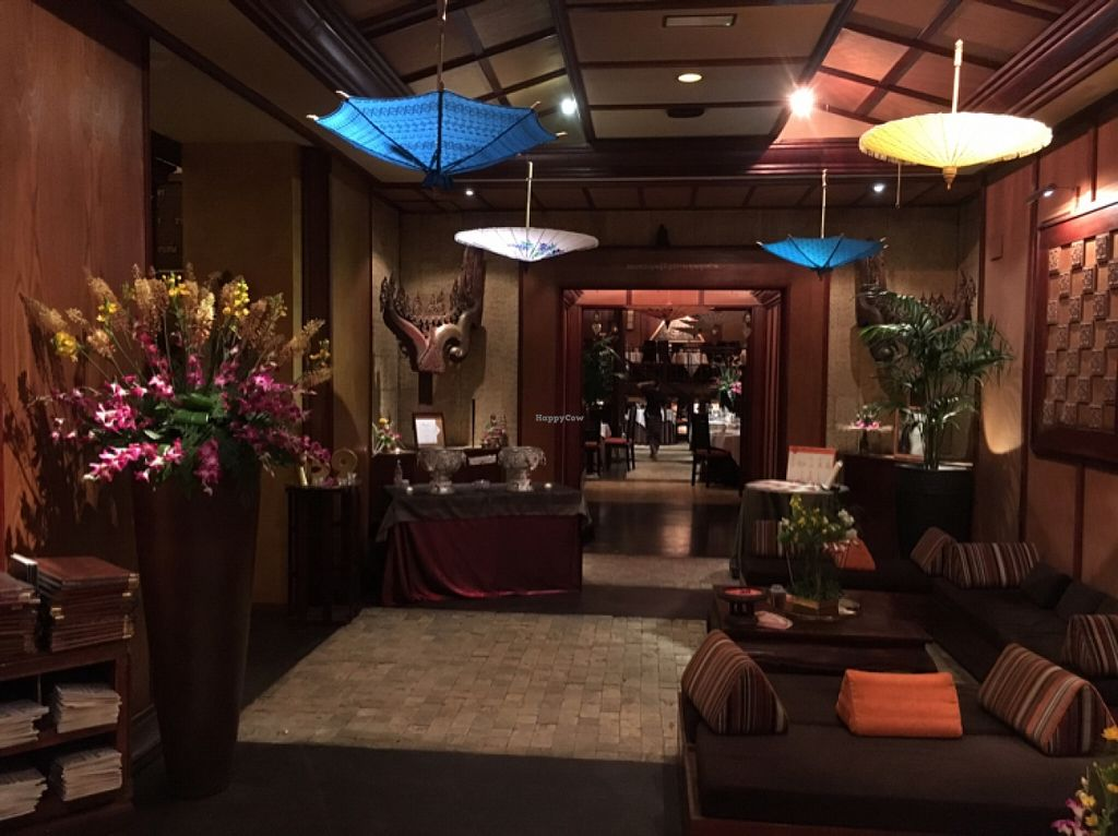 """Photo of Thai Barcelona  by <a href=""""/members/profile/hack_man"""">hack_man</a> <br/>Lobby area  <br/> April 13, 2016  - <a href='/contact/abuse/image/42471/144437'>Report</a>"""