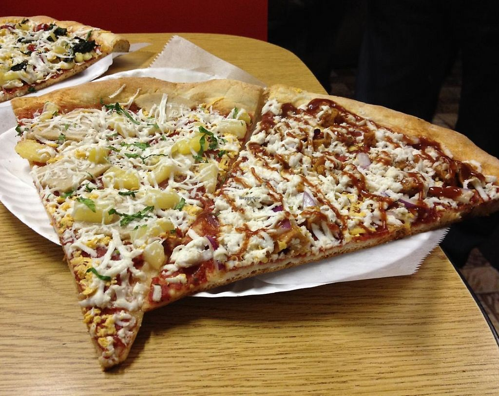 """Photo of Vinnie's Pizzeria  by <a href=""""/members/profile/jojoinbrighton"""">jojoinbrighton</a> <br/>Vegan Hawaiian and T. Hanks slices <br/> January 21, 2014  - <a href='/contact/abuse/image/42485/209695'>Report</a>"""