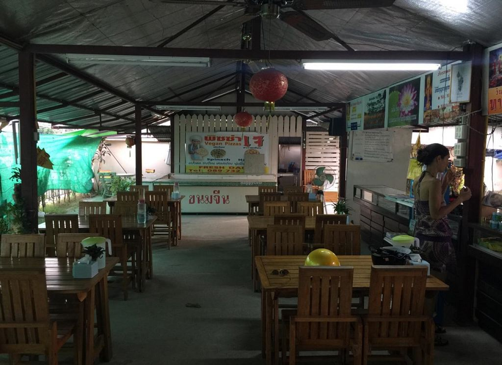 """Photo of CLOSED: Hong Sun - Raum Boon  by <a href=""""/members/profile/earthville"""">earthville</a> <br/>dining hall <br/> February 6, 2015  - <a href='/contact/abuse/image/42578/92334'>Report</a>"""