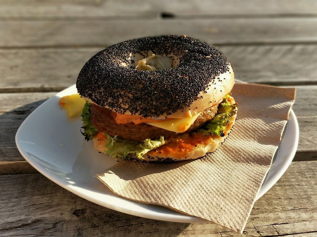 """Photo of Goodies Berlin - Veganz  by <a href=""""/members/profile/SaraMagnusson"""">SaraMagnusson</a> <br/>bagel burger <br/> September 18, 2017  - <a href='/contact/abuse/image/42665/305754'>Report</a>"""