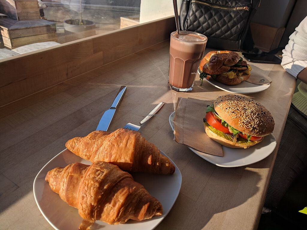 """Photo of Goodies Berlin - Veganz  by <a href=""""/members/profile/SaraMarkic"""">SaraMarkic</a> <br/>breakfast <br/> December 5, 2017  - <a href='/contact/abuse/image/42665/332681'>Report</a>"""