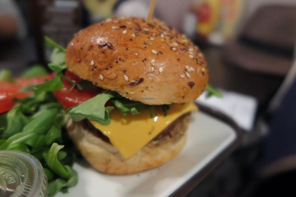 """Photo of VG  by <a href=""""/members/profile/PandaTurtle"""">PandaTurtle</a> <br/>Mangez-moi (mushroom burger) <br/> June 7, 2015  - <a href='/contact/abuse/image/42722/105027'>Report</a>"""