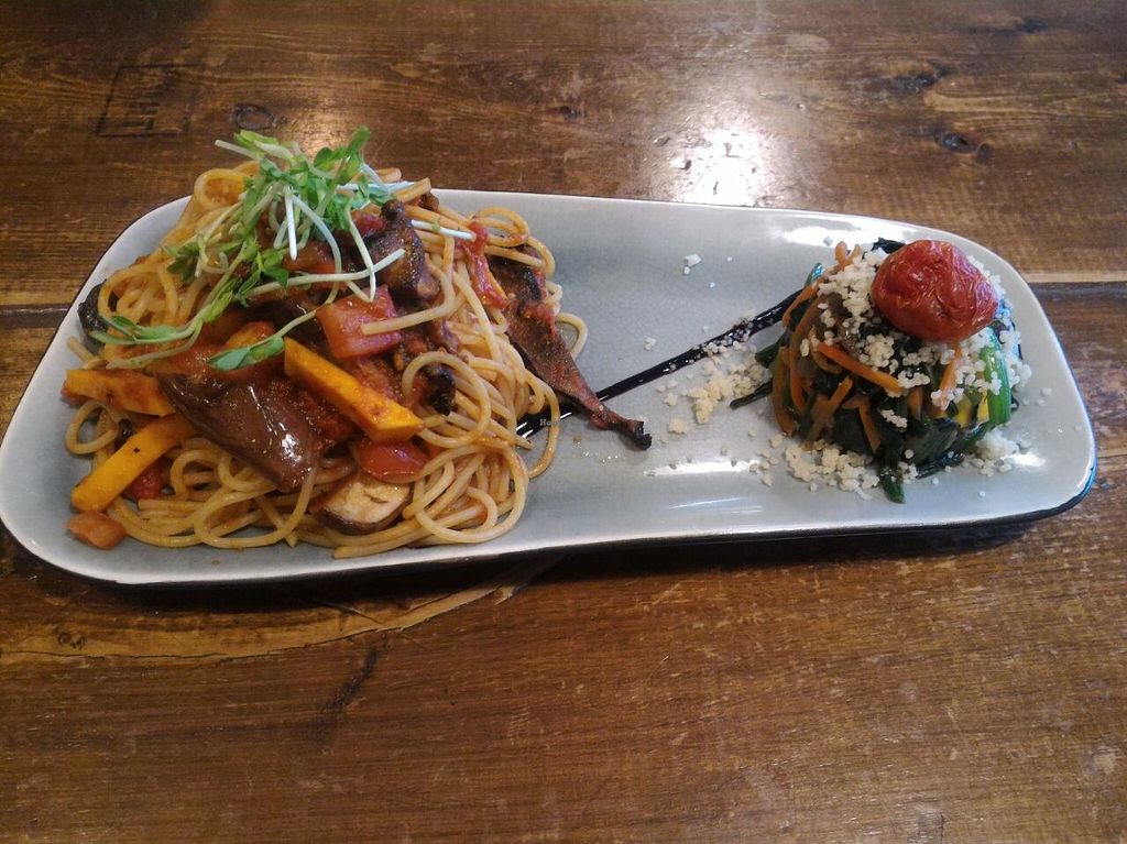 "Photo of Veggie Spinner  by <a href=""/members/profile/ouikouik"">ouikouik</a> <br/>fried spaghetti with mixed vegetables (hkd78, comes with either juice or soup) <br/> December 12, 2015  - <a href='/contact/abuse/image/42888/128011'>Report</a>"