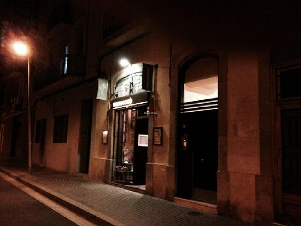 """Photo of CLOSED: Cafe Mandacaru  by <a href=""""/members/profile/hack_man"""">hack_man</a> <br/>outside at night  <br/> December 2, 2014  - <a href='/contact/abuse/image/43019/87093'>Report</a>"""