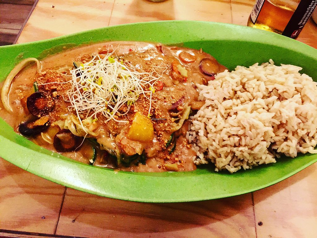 """Photo of Mei Wok  by <a href=""""/members/profile/itzi"""">itzi</a> <br/>Veggies in the wonderful home peanut butter sauce ? <br/> September 19, 2017  - <a href='/contact/abuse/image/43054/306239'>Report</a>"""
