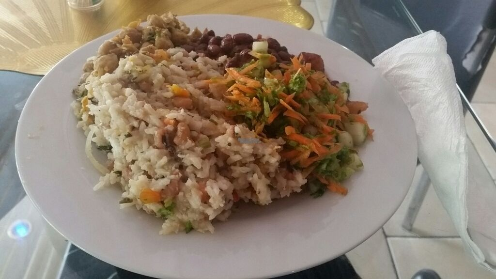 """Photo of Isun  by <a href=""""/members/profile/Unk"""">Unk</a> <br/>US $2.50 lunch selection <br/> October 4, 2016  - <a href='/contact/abuse/image/43099/179714'>Report</a>"""