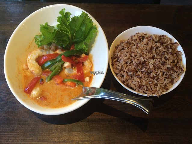 "Photo of Thai Idea Vegetarian  by <a href=""/members/profile/ByronSobe"">ByronSobe</a> <br/>parang curry with shrimp. ordered medium spicy and it's pretty hot. delicious though!!  <br/> September 18, 2016  - <a href='/contact/abuse/image/43125/176572'>Report</a>"