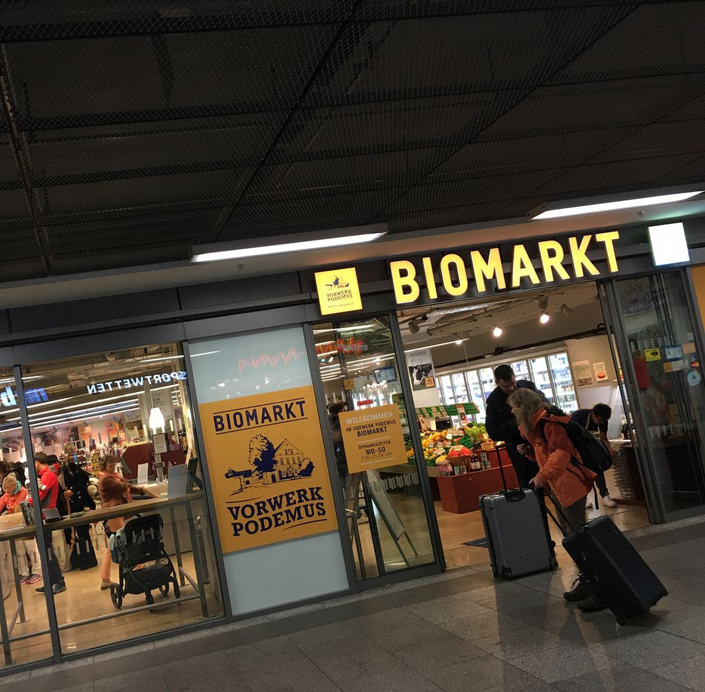 """Photo of BioMarkt  by <a href=""""/members/profile/marky_mark"""">marky_mark</a> <br/>outside <br/> September 18, 2016  - <a href='/contact/abuse/image/43140/176520'>Report</a>"""