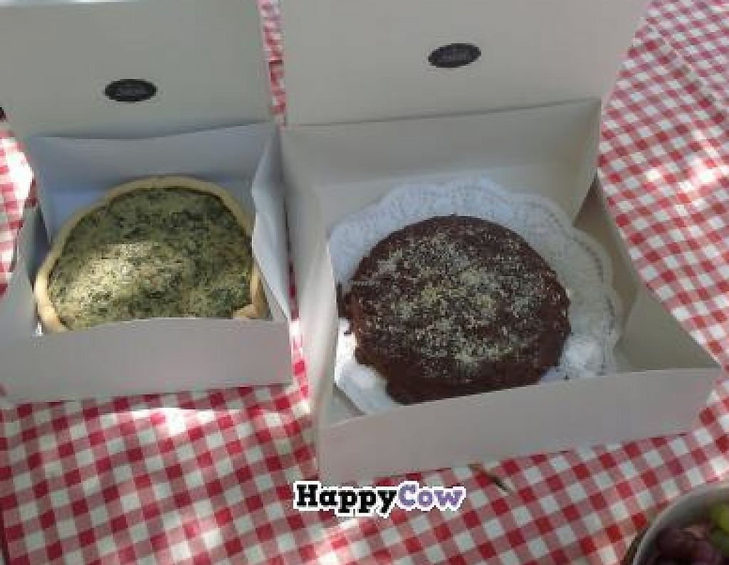 "Photo of A Cozinha Verde  by <a href=""/members/profile/mbbl"">mbbl</a> <br/>Spinach pie and chocolate cake :) <br/> November 24, 2013  - <a href='/contact/abuse/image/43184/241378'>Report</a>"