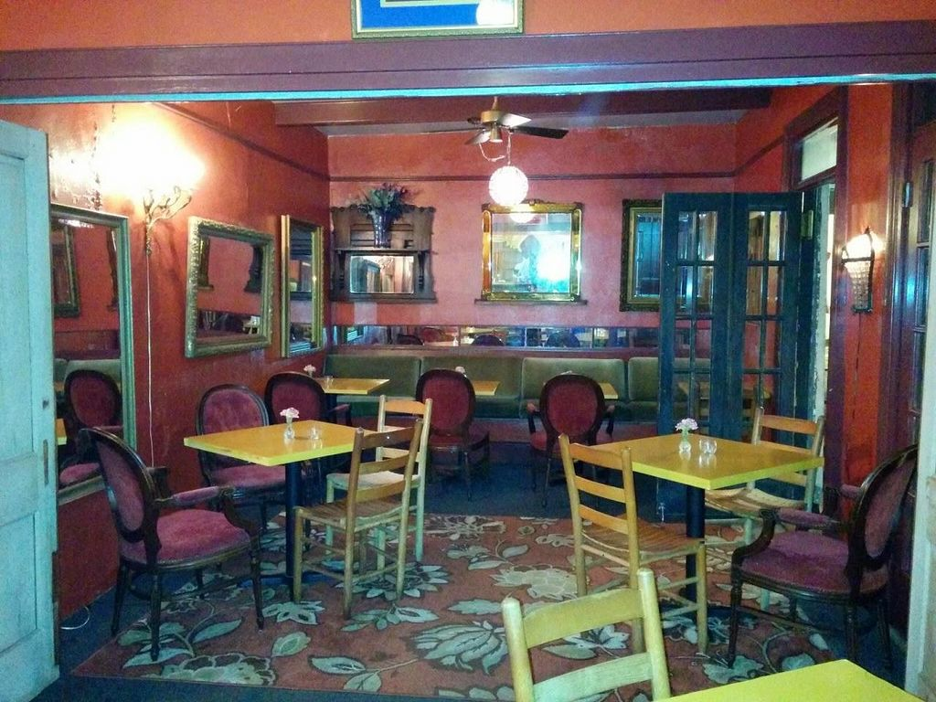 """Photo of CLOSED: Bhava  by <a href=""""/members/profile/mmeghani"""">mmeghani</a> <br/>Dining area <br/> May 22, 2014  - <a href='/contact/abuse/image/43281/70497'>Report</a>"""