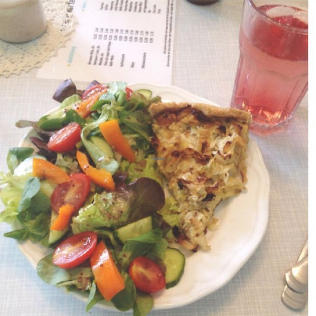 """Photo of Cafe Hibiskus  by <a href=""""/members/profile/Lenchen"""">Lenchen</a> <br/>Hibiskus Schorle & Quiche  <br/> February 11, 2017  - <a href='/contact/abuse/image/43348/225177'>Report</a>"""