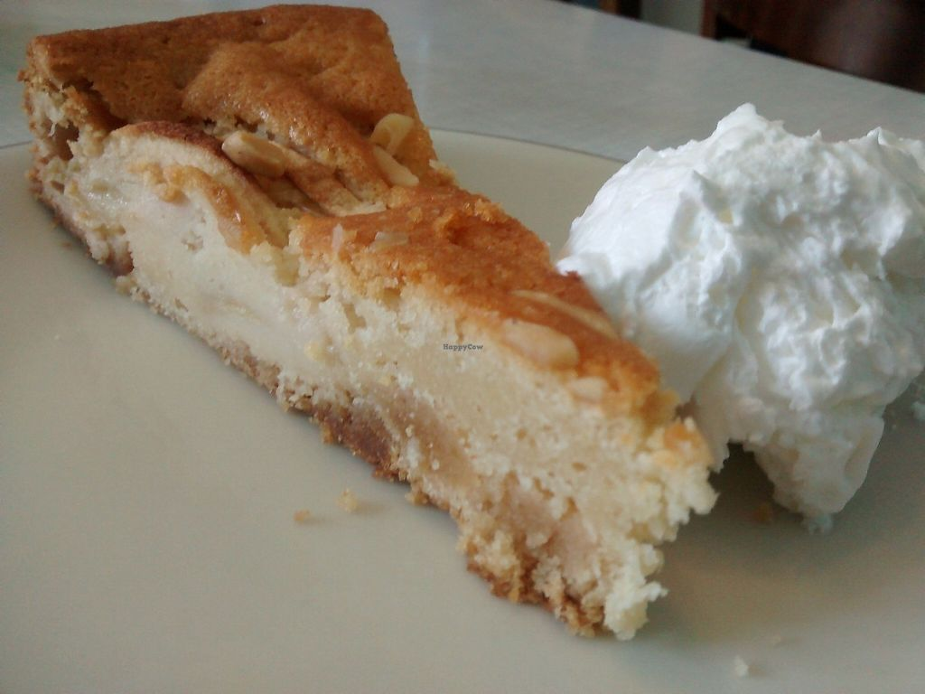 """Photo of Cafe Hibiskus  by <a href=""""/members/profile/Tangomango"""">Tangomango</a> <br/>Apple cake with creme. Very good <br/> May 23, 2017  - <a href='/contact/abuse/image/43348/261692'>Report</a>"""