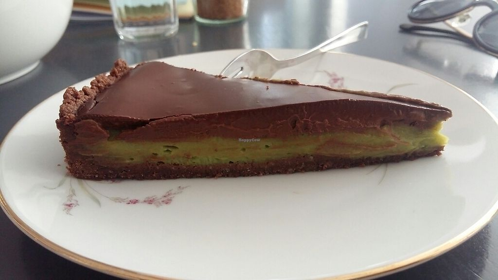 """Photo of Taracafe  by <a href=""""/members/profile/AnshulGupta"""">AnshulGupta</a> <br/>chocolate avocado cake  <br/> June 28, 2017  - <a href='/contact/abuse/image/43386/274406'>Report</a>"""
