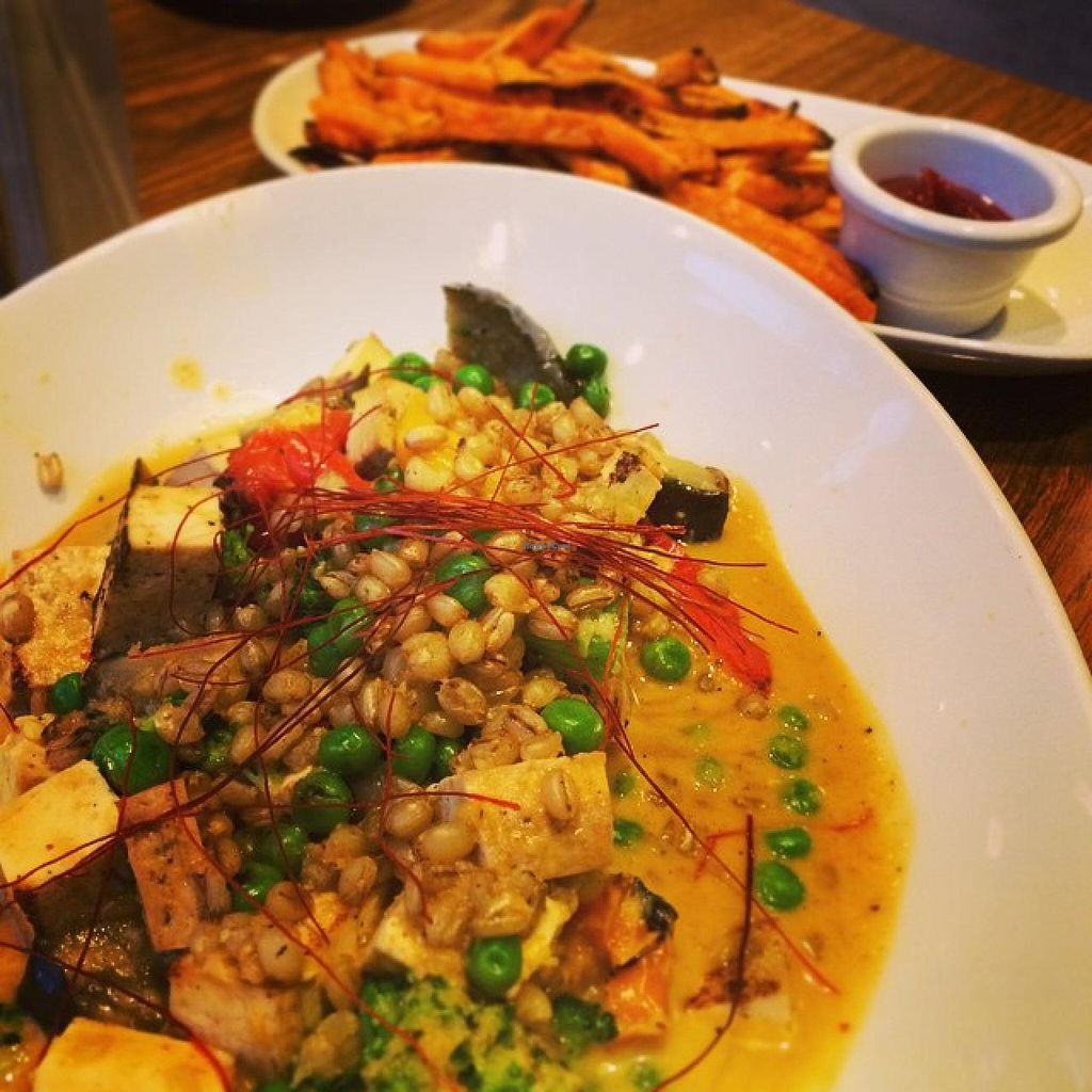 """Photo of LYFE Kitchen - River North  by <a href=""""/members/profile/theamundell"""">theamundell</a> <br/>Thai Red Curry Bowl <br/> May 8, 2015  - <a href='/contact/abuse/image/43440/101627'>Report</a>"""