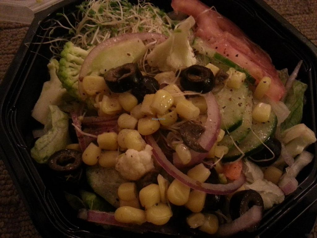 """Photo of CLOSED: Da Bahamian Vegan  by <a href=""""/members/profile/butikiteas"""">butikiteas</a> <br/>Really delicious salad!   <br/> February 12, 2015  - <a href='/contact/abuse/image/43482/92915'>Report</a>"""
