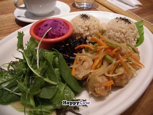 "Photo of Manoa Aloha Table  by <a href=""/members/profile/Ricardo"">Ricardo</a> <br/>vVegetable daily plate 1000yen <br/> December 1, 2013  - <a href='/contact/abuse/image/43501/59596'>Report</a>"