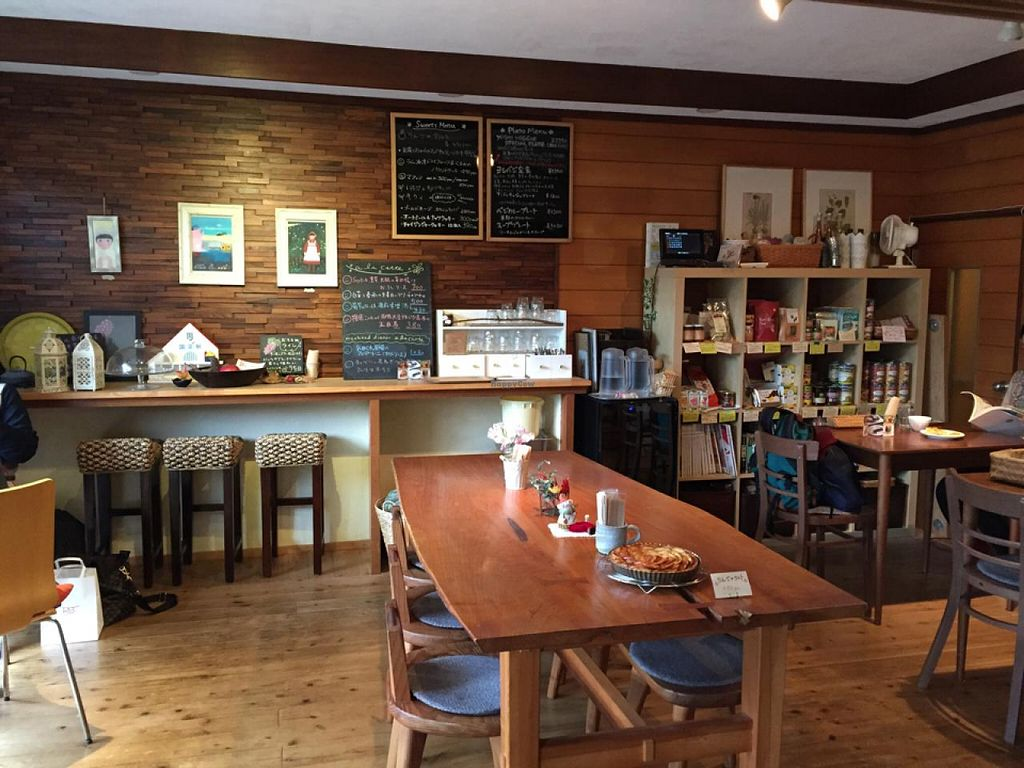 """Photo of CLOSED: Cafe Topinambour  by <a href=""""/members/profile/Earthdiet"""">Earthdiet</a> <br/>relaxed atmosphere <br/> April 26, 2015  - <a href='/contact/abuse/image/43584/100350'>Report</a>"""