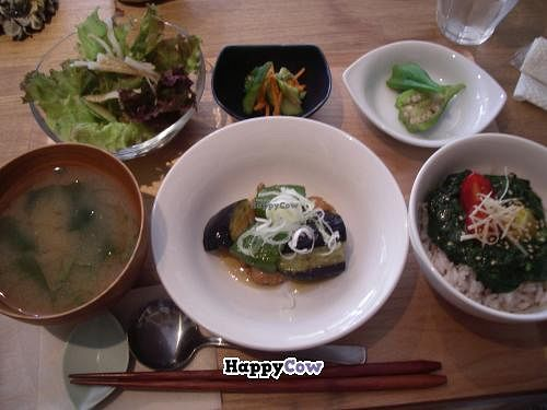 """Photo of CLOSED: Cafe Topinambour  by <a href=""""/members/profile/Ricardo"""">Ricardo</a> <br/>Yoshi Veggie Teishoku Plate 1260yen <br/> December 1, 2013  - <a href='/contact/abuse/image/43584/59579'>Report</a>"""
