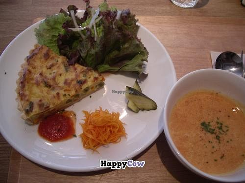 """Photo of CLOSED: Cafe Topinambour  by <a href=""""/members/profile/Ricardo"""">Ricardo</a> <br/> Tofu & Millet Cream Quiche Plate 1260yen <br/> December 1, 2013  - <a href='/contact/abuse/image/43584/59580'>Report</a>"""