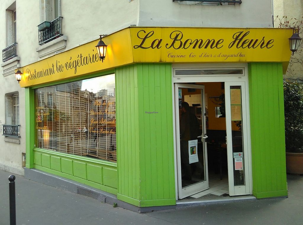 """Photo of La Bonne Heure  by <a href=""""/members/profile/mcld"""">mcld</a> <br/>the place <br/> April 11, 2018  - <a href='/contact/abuse/image/43603/384160'>Report</a>"""