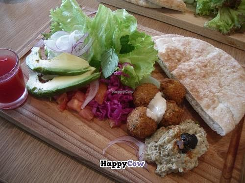 "Photo of Ukafe  by <a href=""/members/profile/Ricardo"">Ricardo</a> <br/>Falafel Plate (vegetarian) <br/> December 15, 2013  - <a href='/contact/abuse/image/43729/60326'>Report</a>"
