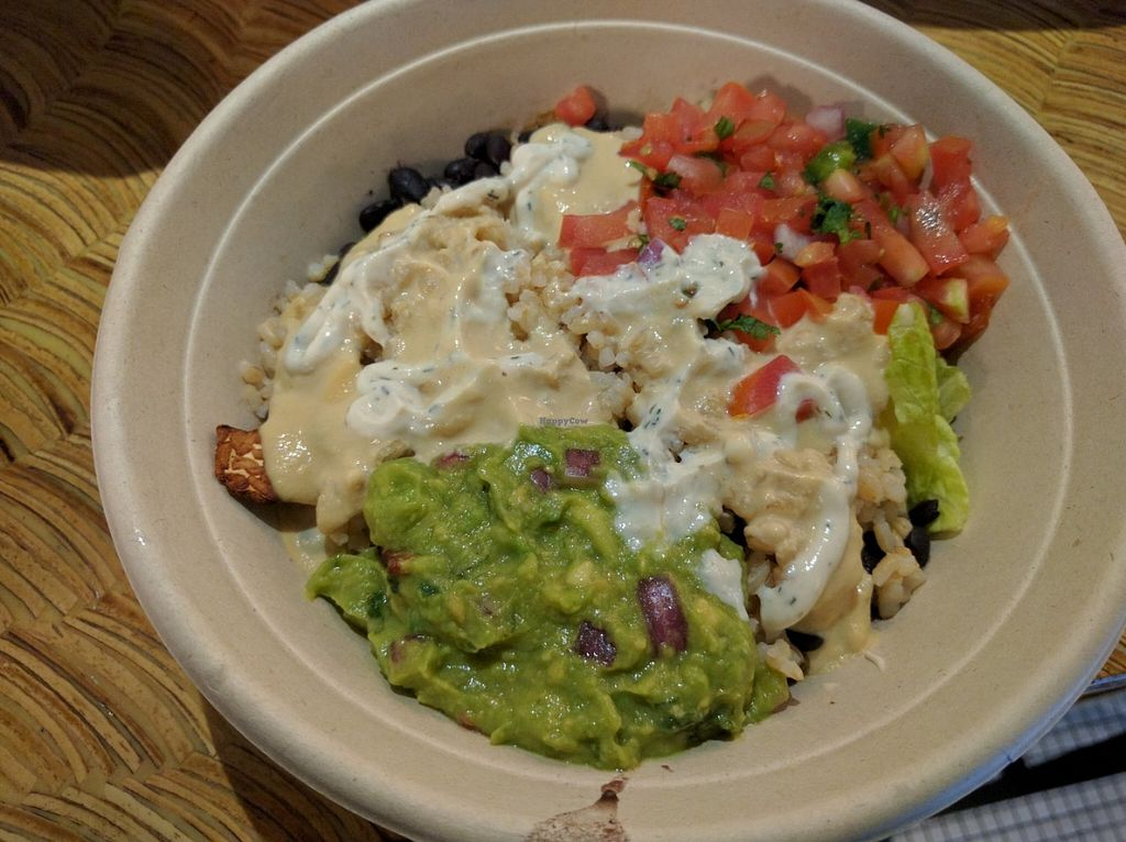 "Photo of LAX - Real Food Daily - T4  by <a href=""/members/profile/Sonja%20and%20Dirk"">Sonja and Dirk</a> <br/>Mexican bowl <br/> June 3, 2016  - <a href='/contact/abuse/image/43761/151983'>Report</a>"