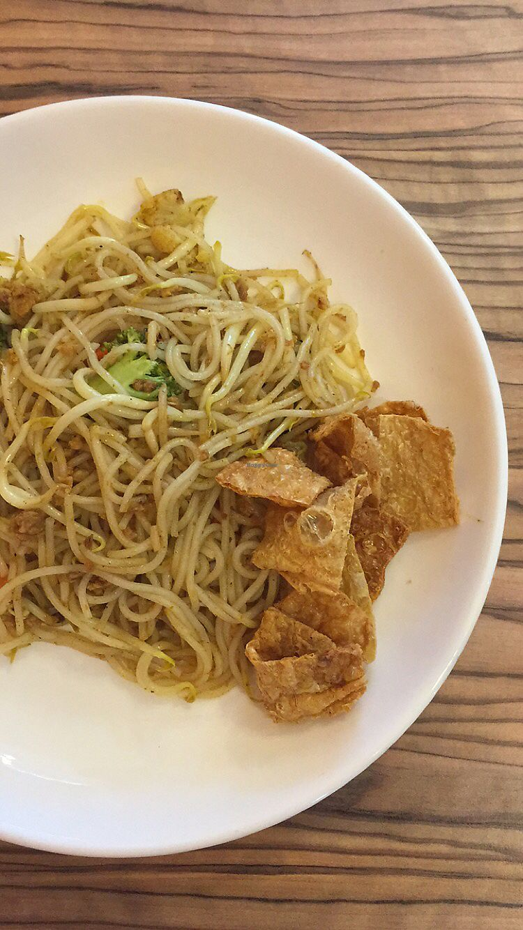 """Photo of Yuan Vegetarian Bistro  by <a href=""""/members/profile/obcpearl"""">obcpearl</a> <br/>Dry laksa - paste not strong enough  <br/> April 23, 2018  - <a href='/contact/abuse/image/43835/389953'>Report</a>"""