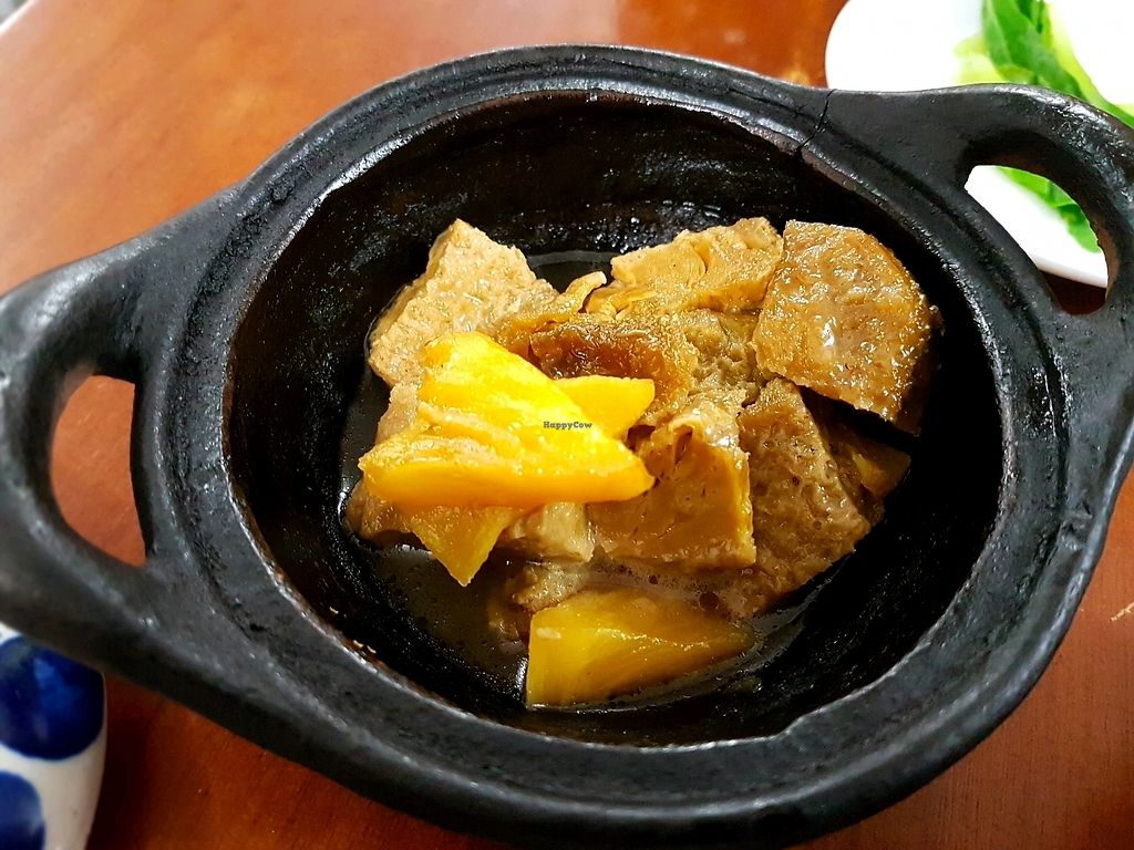 """Photo of Khai Minh 2  by <a href=""""/members/profile/PeterRichards"""">PeterRichards</a> <br/>tofu ham and pineapple hotpot <br/> September 21, 2017  - <a href='/contact/abuse/image/43848/306670'>Report</a>"""