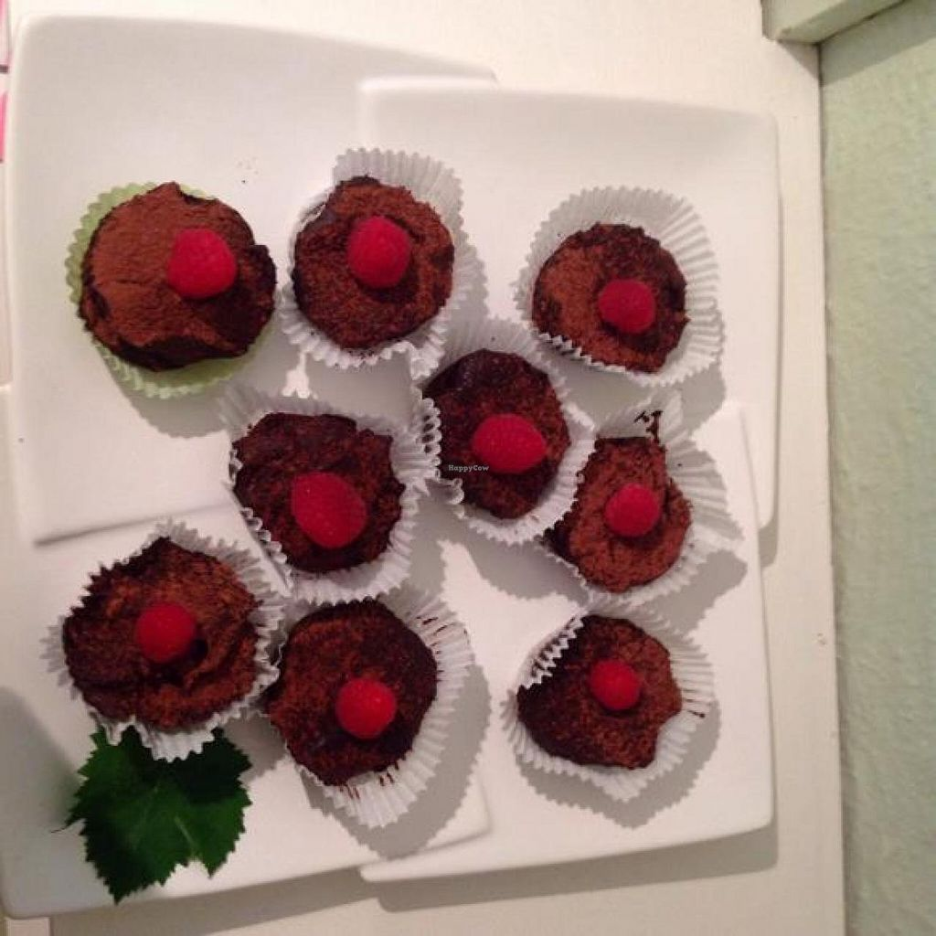 "Photo of Orchard on Long  by <a href=""/members/profile/community"">community</a> <br/>Orchard's secret chocolate cupcake: almonds, dates, avocado, raw cacao, coconut oil, coconut flower sugar, vanilla, himalaya salt  <br/> March 7, 2014  - <a href='/contact/abuse/image/43882/65501'>Report</a>"
