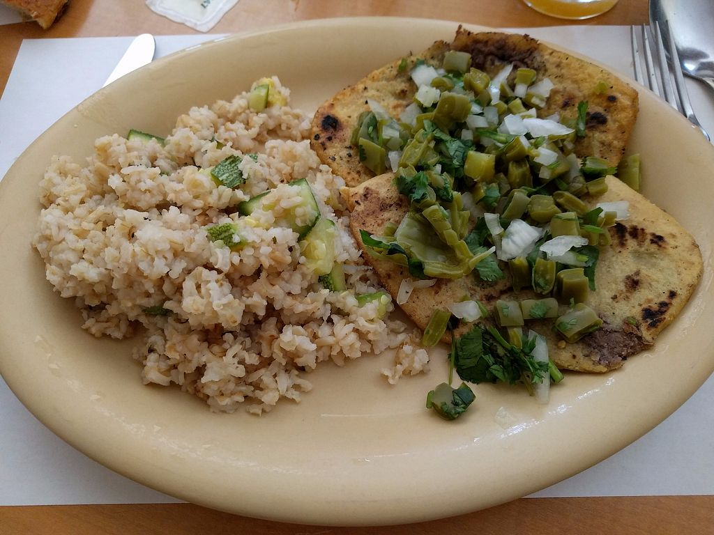 """Photo of Los Vegetarianos  by <a href=""""/members/profile/steveveg"""">steveveg</a> <br/>Los Vegetarianos <br/> August 28, 2017  - <a href='/contact/abuse/image/44019/298418'>Report</a>"""