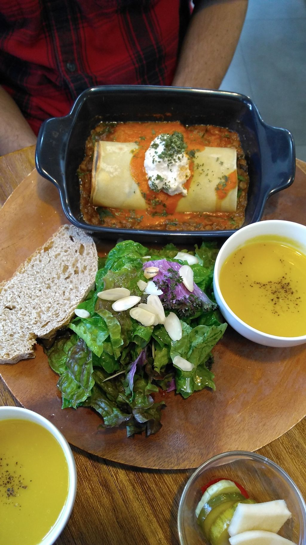 """Photo of Cook and Book - 쿡앤북  by <a href=""""/members/profile/egietz"""">egietz</a> <br/>Lasagna roll and pumpkin soup w/ a side salad and bread <br/> November 1, 2017  - <a href='/contact/abuse/image/44022/320630'>Report</a>"""