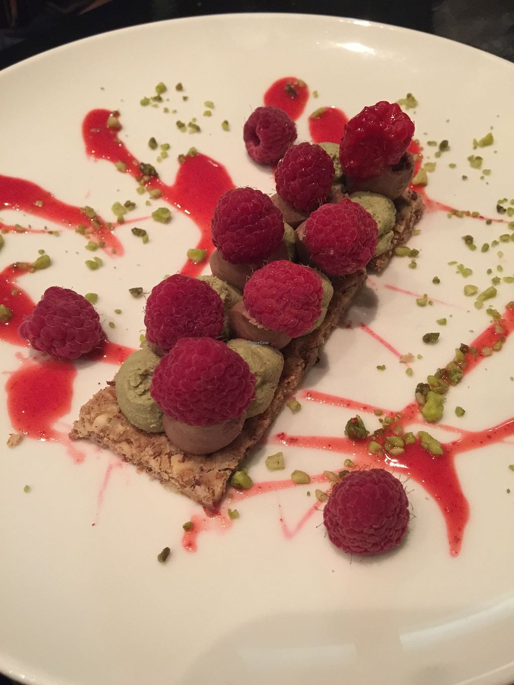 """Photo of 42 Degres  by <a href=""""/members/profile/Anne%20VDH"""">Anne VDH</a> <br/>Divine pistacchio and raspberry dessert! <br/> March 15, 2016  - <a href='/contact/abuse/image/44057/140090'>Report</a>"""