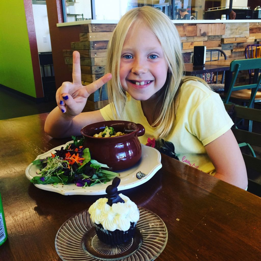 """Photo of 24 Carrots  by <a href=""""/members/profile/DaniGirlSmiles"""">DaniGirlSmiles</a> <br/>Mac and Trees with a chocolate mint cupcake!!! <br/> March 29, 2016  - <a href='/contact/abuse/image/44118/141807'>Report</a>"""