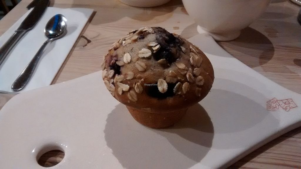 """Photo of Le Pain Quotidien - Varenne  by <a href=""""/members/profile/JonJon"""">JonJon</a> <br/>Vegan blueberry muffin <br/> January 31, 2016  - <a href='/contact/abuse/image/44132/134328'>Report</a>"""